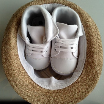 Free stock photo of shoes, hat, baby