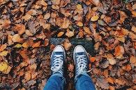 feet, dry, pattern