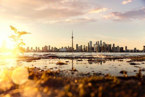 Ilmainen kuvapankkikuva tunnisteilla auringonlasku, auringonpurkaus, auringonsäde, kaunis auringonlasku