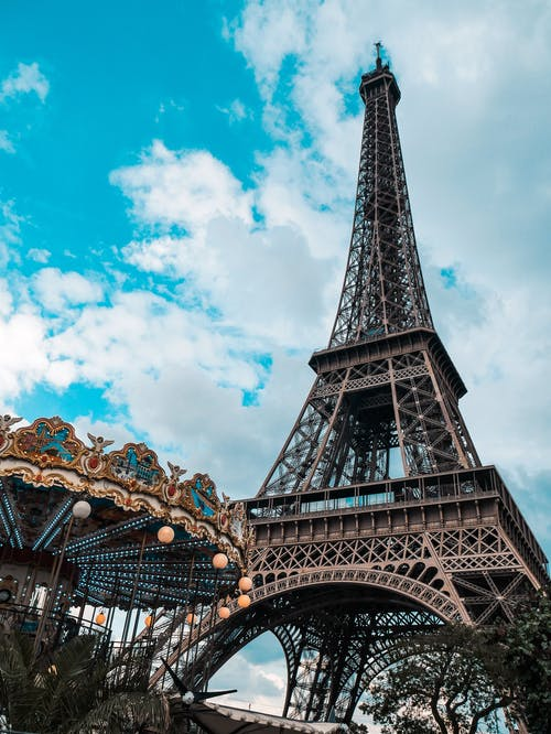 Gray Eiffel Tower on Focus Photography