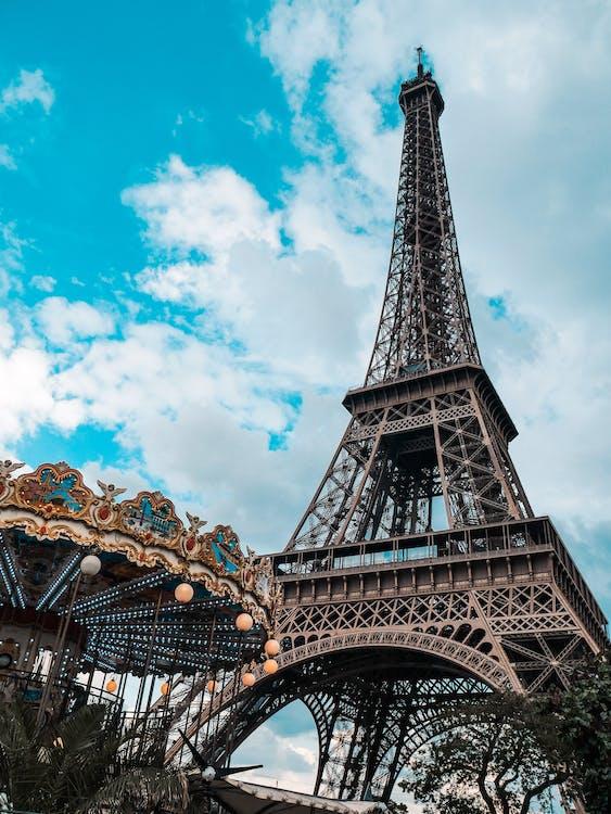 Gray Eiffel Tower on Focus Photography