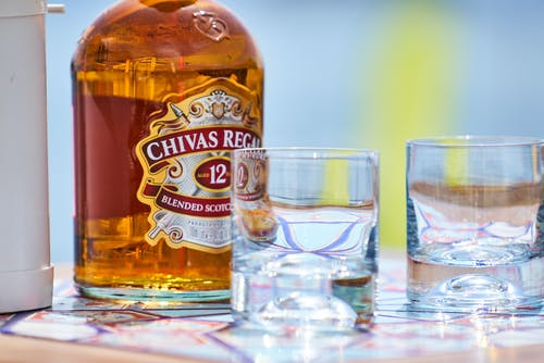 Kostenloses Stock Foto zu alkohol, alkohol flasche, alkoholisches getränk, eis