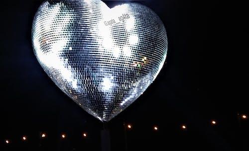 Kostenloses Stock Foto zu ausleuchtung, beleuchtung, discokugel