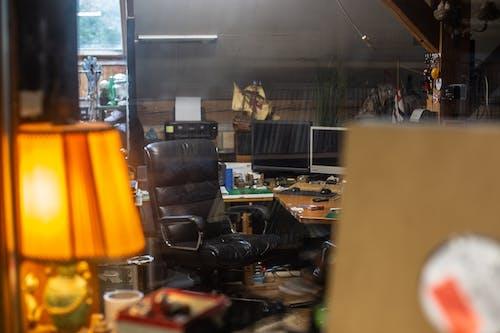 Foto d'estoc gratuïta de artesania, equip musical, estudi d'art, estudi de música