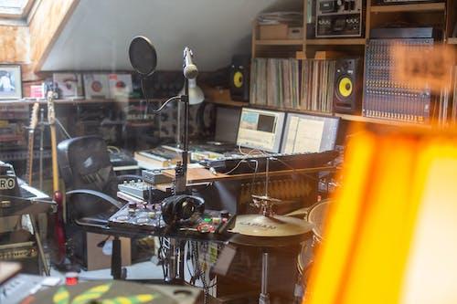 Foto d'estoc gratuïta de equip musical, estudi de música, instrument musical, instruments musicals