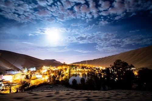 Kostenloses Stock Foto zu huacachina, langzeitbelichtung, nachtaufnahmen