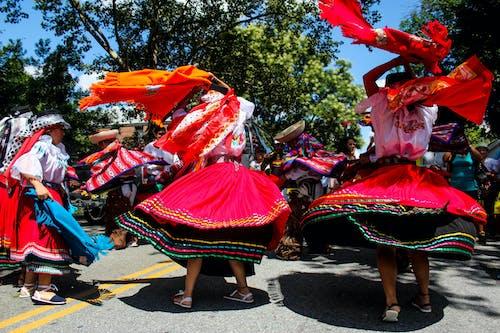 アート, エクアドル独立記念日, カラフル, スイングの無料の写真素材