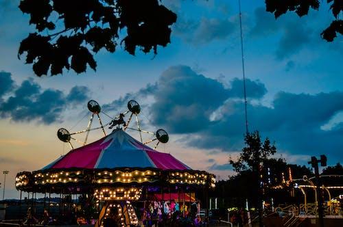 Fotos de stock gratuitas de anochecer, carnaval, puesta de sol, tormenta