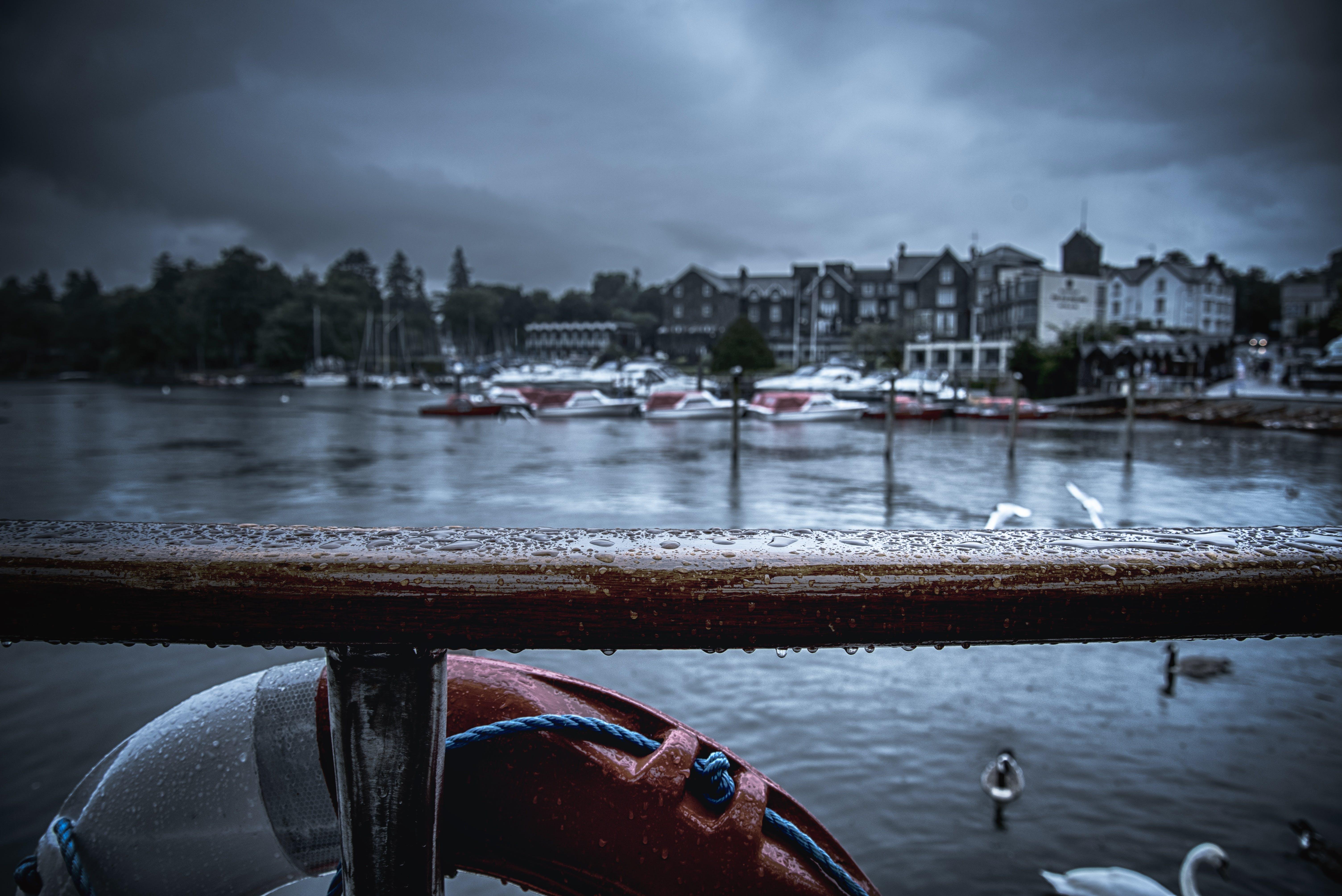 Δωρεάν στοκ φωτογραφιών με αντανάκλαση, απόγευμα, αυγή, βάρκα