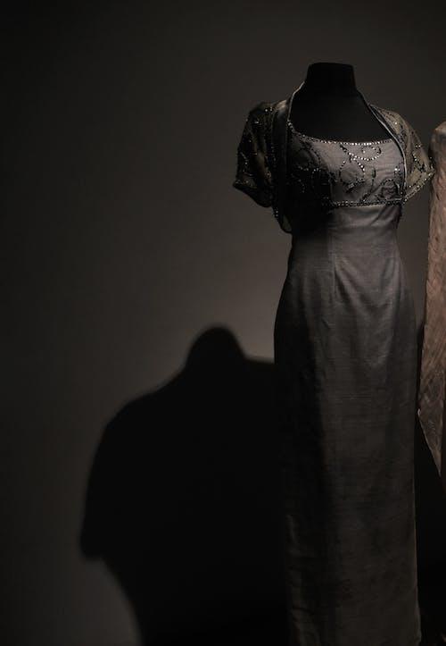 Ilmainen kuvapankkikuva tunnisteilla Klassinen, mekko, muoti, museo
