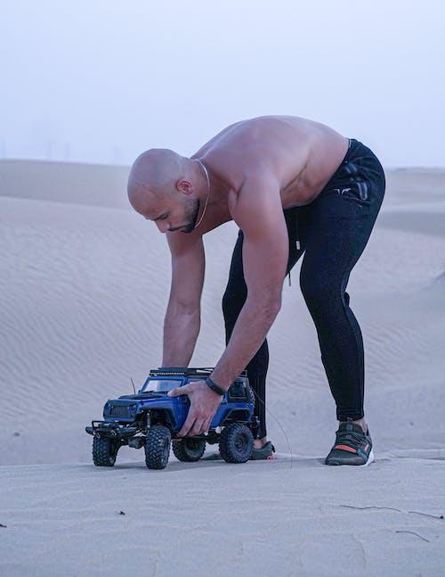 Fotobanka sbezplatnými fotkami na tému 4x4, Jeep, miniatúra, miniatúrna hračka