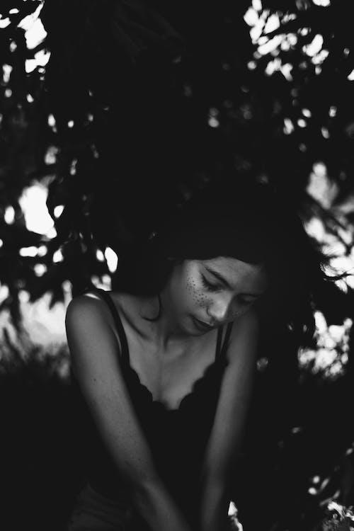 atraktívny, čiernobiela fotografia, čiernobiely