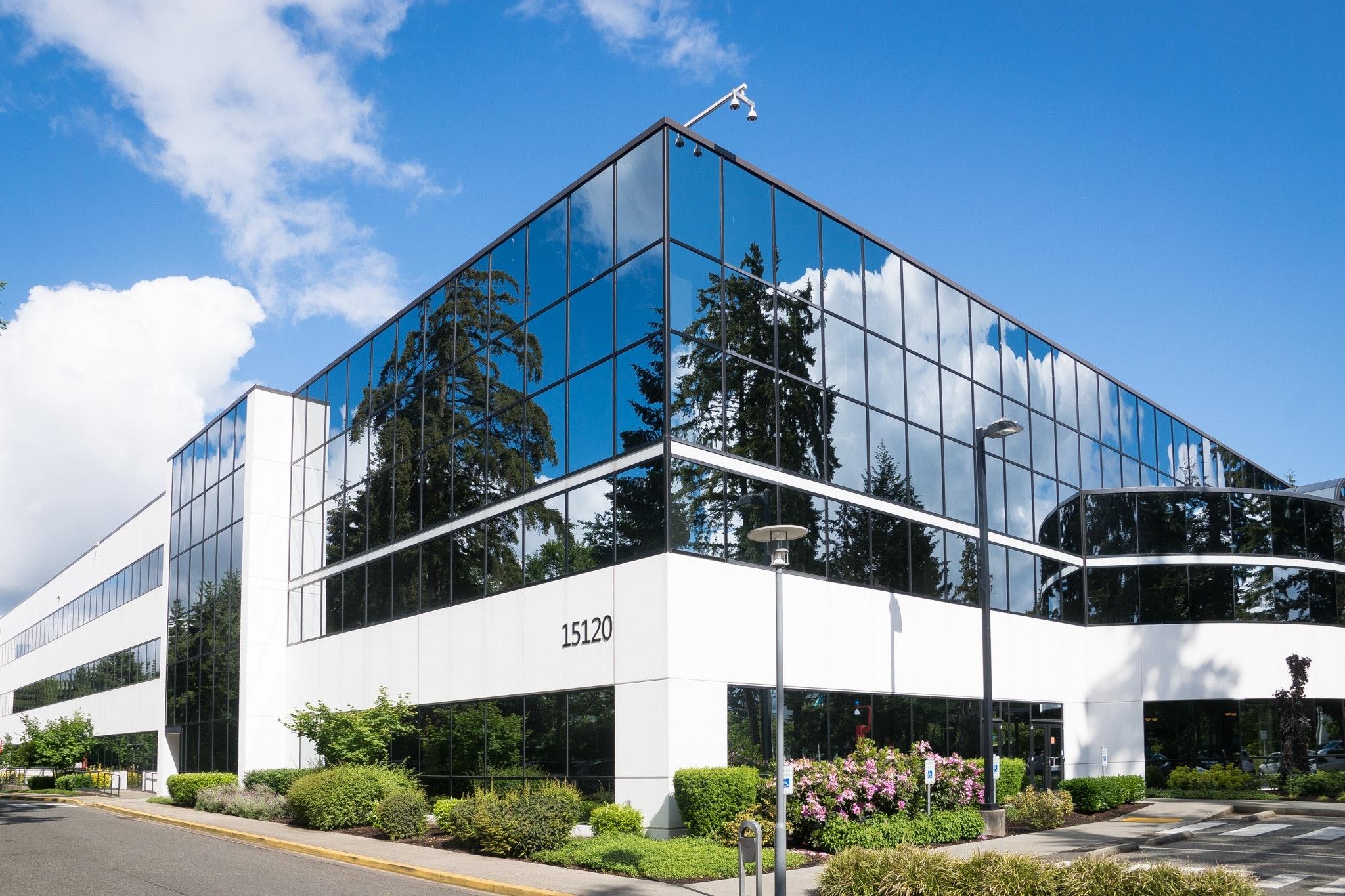 White 15120 Building