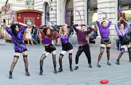 Gratis arkivbilde med danse, dansegruppe på gaten, gate, gatefoto
