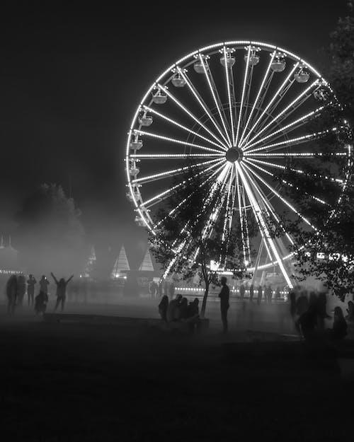 Foto profissional grátis de alegre, castelo elétrico, circo