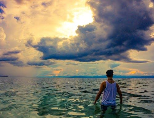Foto profissional grátis de crepúsculo, foto de viagem, ilha, lindo pôr do sol