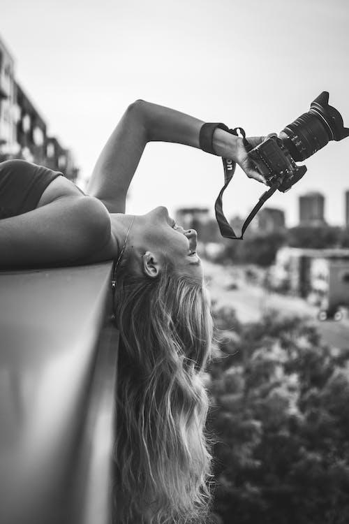 Бесплатное стоковое фото с Аэрофотосъемка, веселье, город, девочка