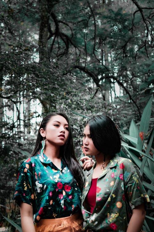 Gratis arkivbilde med asiatiske kvinner, blomstret, bruke, fotoseanse
