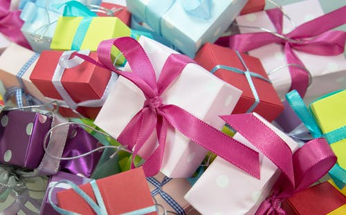 Assorted-colored Gift Boxes