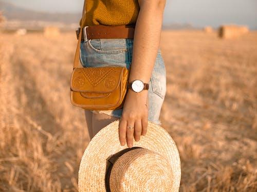 乾草, 人, 休閒, 夏天 的 免费素材照片