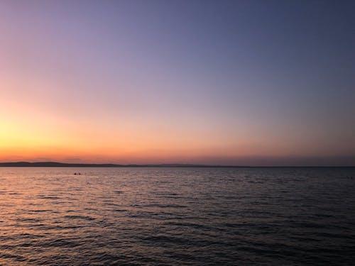 Ilmainen kuvapankkikuva tunnisteilla hotelli, järvi, kesä, päivää