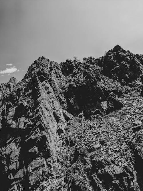 天空, 山, 懸崖, 黑與白 的 免費圖庫相片