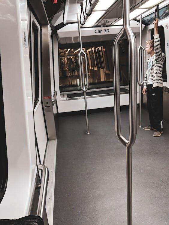 зеркало, метро, поезд