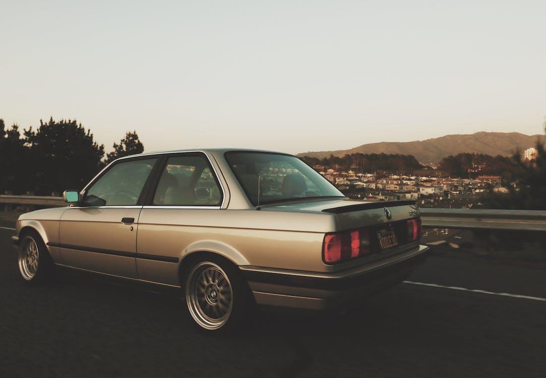 автомобільне шоу, класичний автомобіль, прокатки постріл