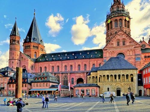 Безкоштовне стокове фото на тему «історичний, історично, архітектура, будівлі»