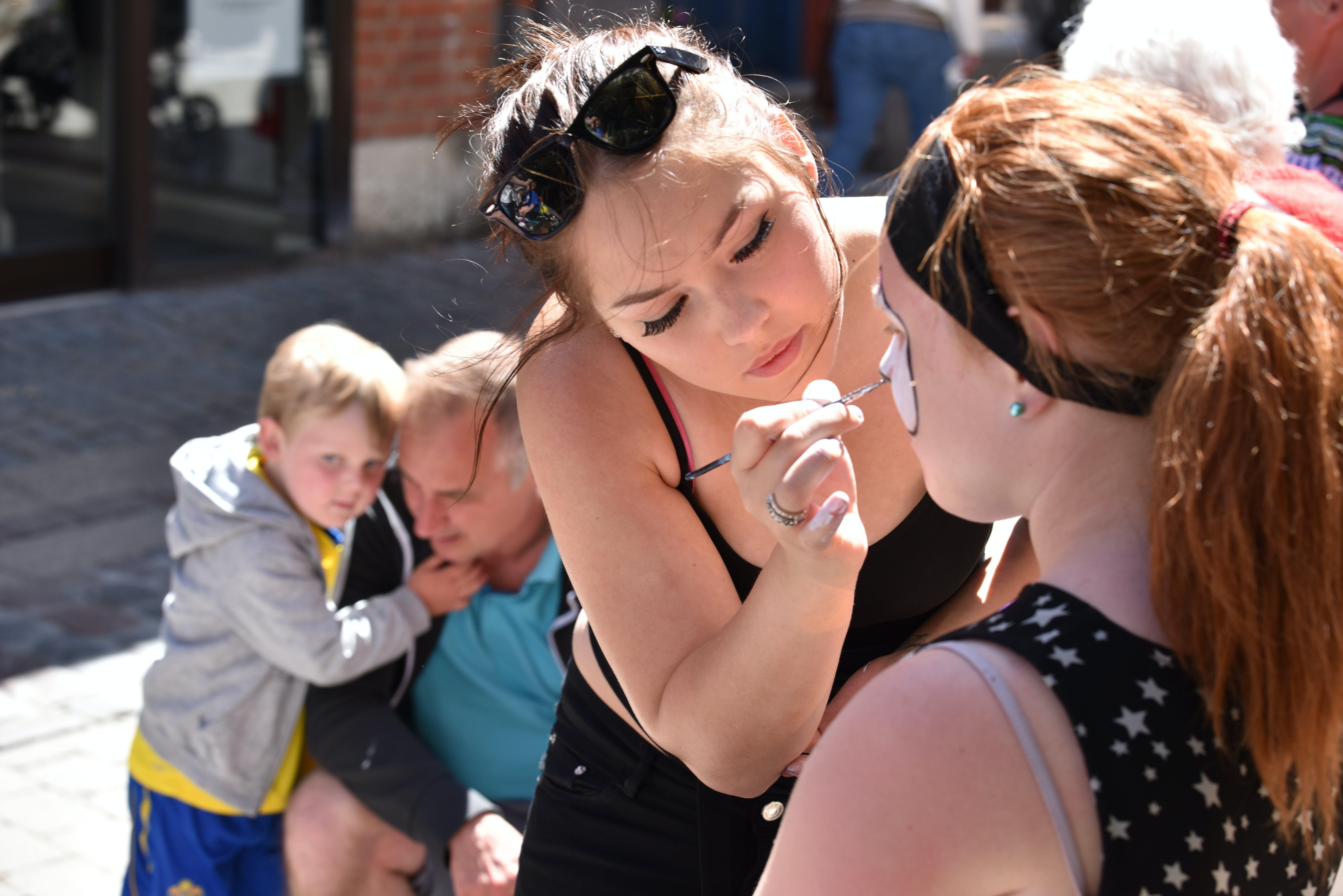 Free stock photo of make-up, children, play, community