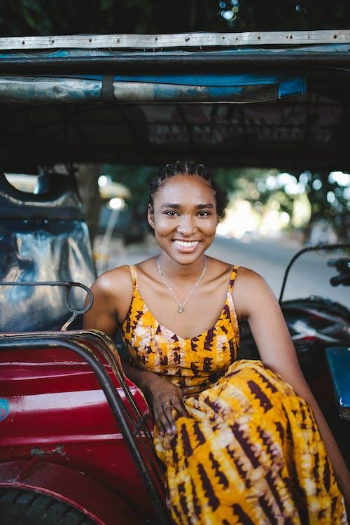 Ingyenes stockfotó divat, fekete nő, Fotózás, frizura témában