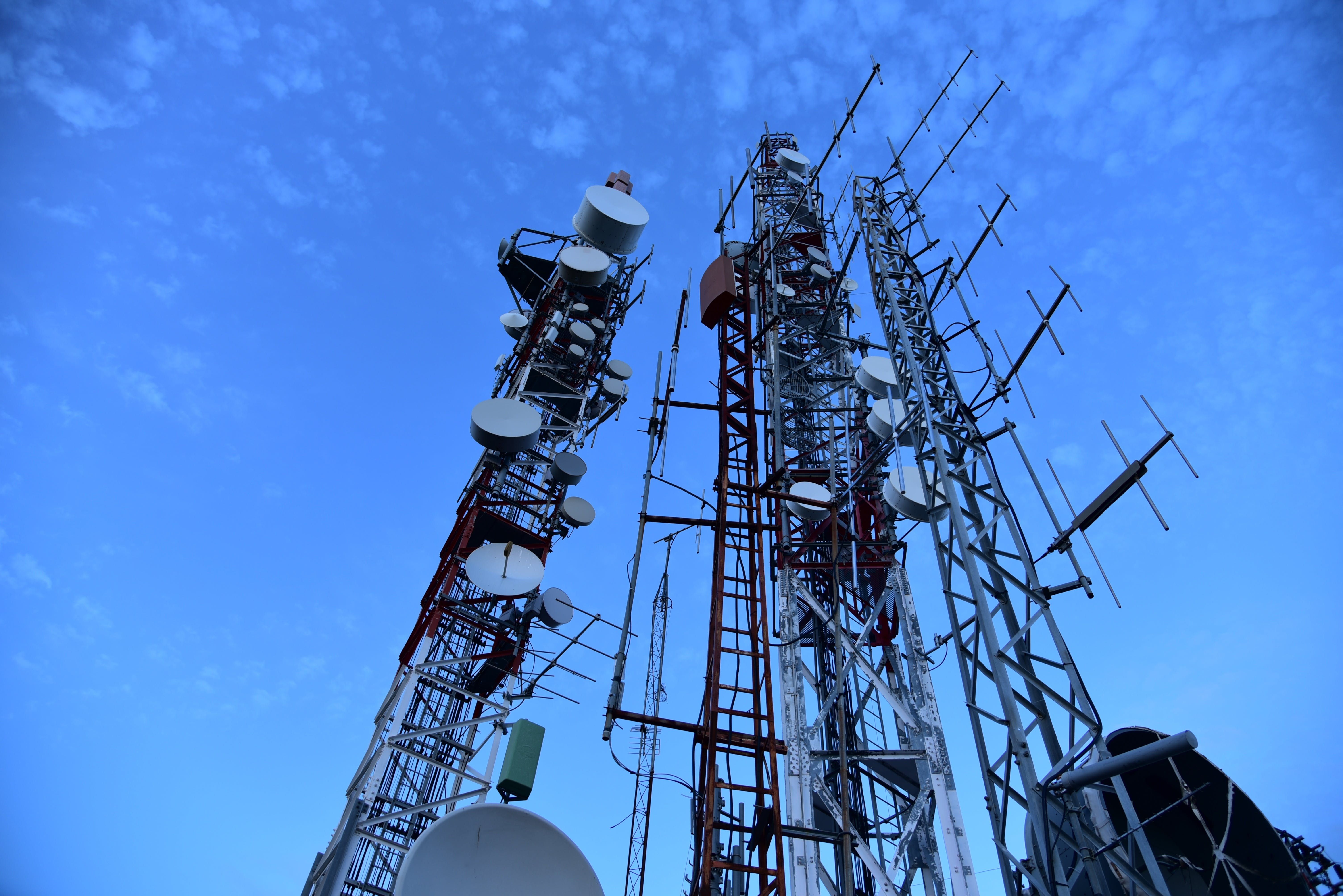 antenna, cell tower, cellphone masts