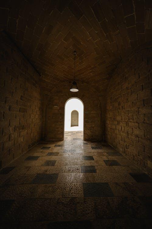 คลังภาพถ่ายฟรี ของ ข้างใน, ชั้นใต้ดิน, ซุ้มประตู, ทางเข้า