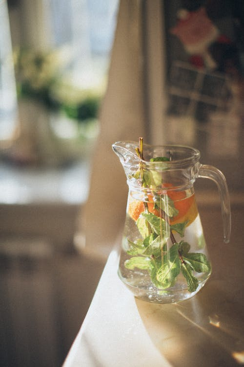Clear Glass Pitcher With Leaves and Fruit Infuse