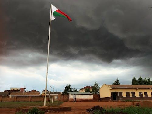 旗, 暴風雨, 烏雲, 雲景 的 免费素材照片