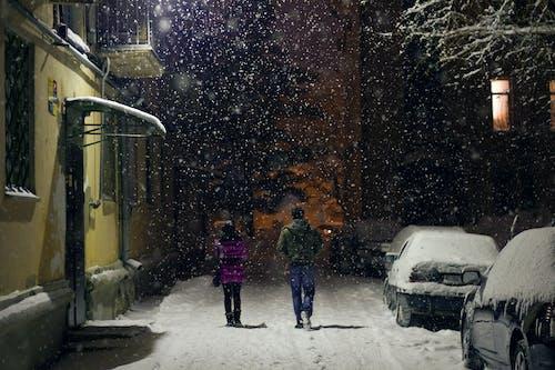 Безкоштовне стокове фото на тему «вечір, Вулиця, зима, казахстан»