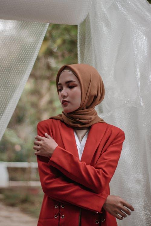 Darmowe zdjęcie z galerii z hidżab, hijabfashion, hijabmodel, kobietyhijab