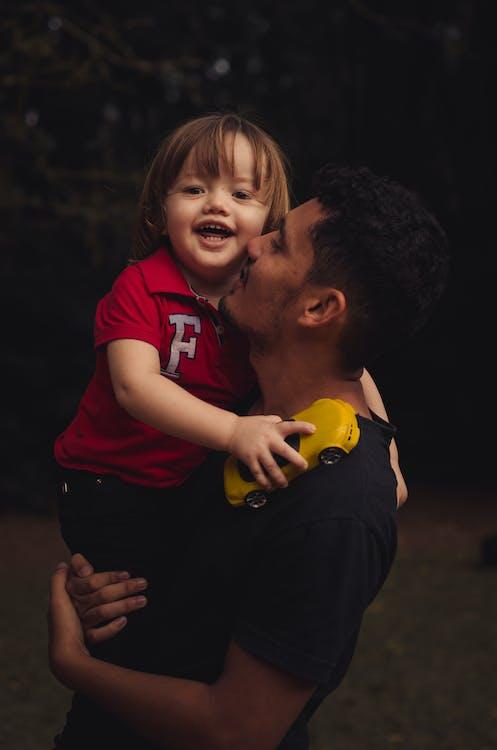 батьки, батьківство, батько