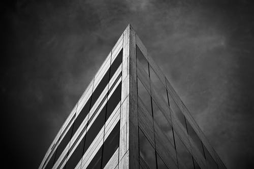 Foto profissional grátis de alto, aparência, apontado, arquitetura