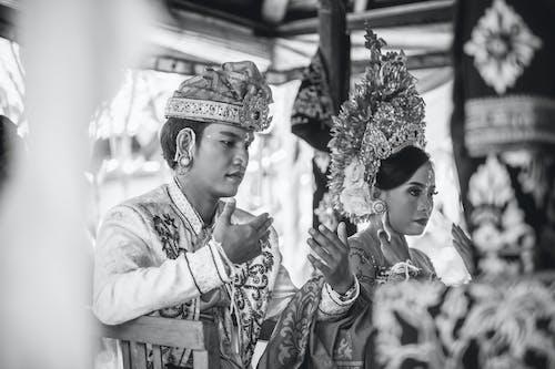คลังภาพถ่ายฟรี ของ การตกแต่ง, การแต่งกายแบบดั้งเดิม, การแต่งงาน, ขน