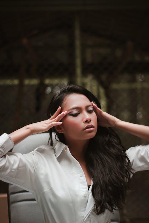 Foto d'estoc gratuïta de atractiu, bellesa, bonic, cabells foscos