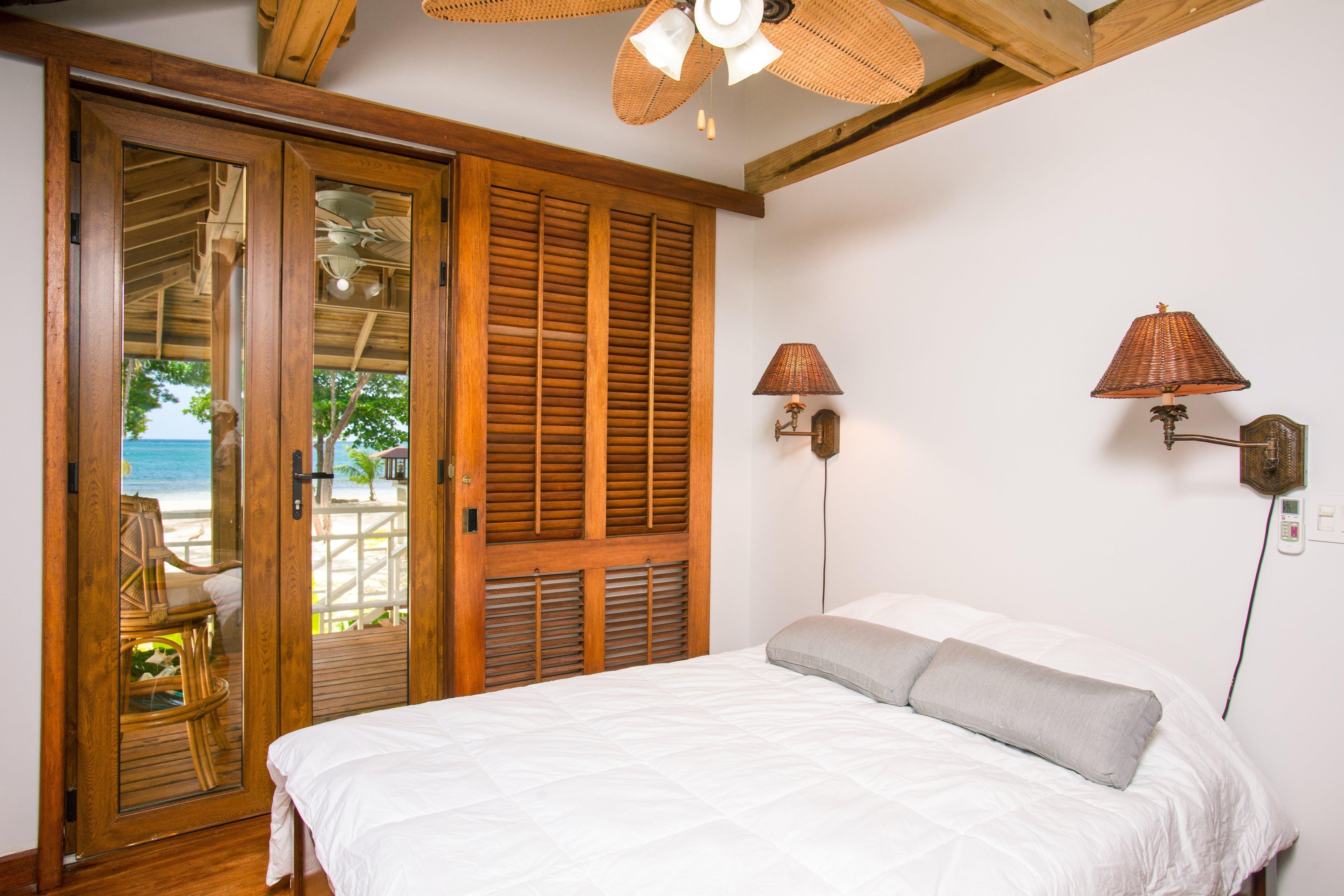 apartment, beach, bed