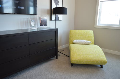 Foto profissional grátis de abajur, amarelo, andar, apartamento