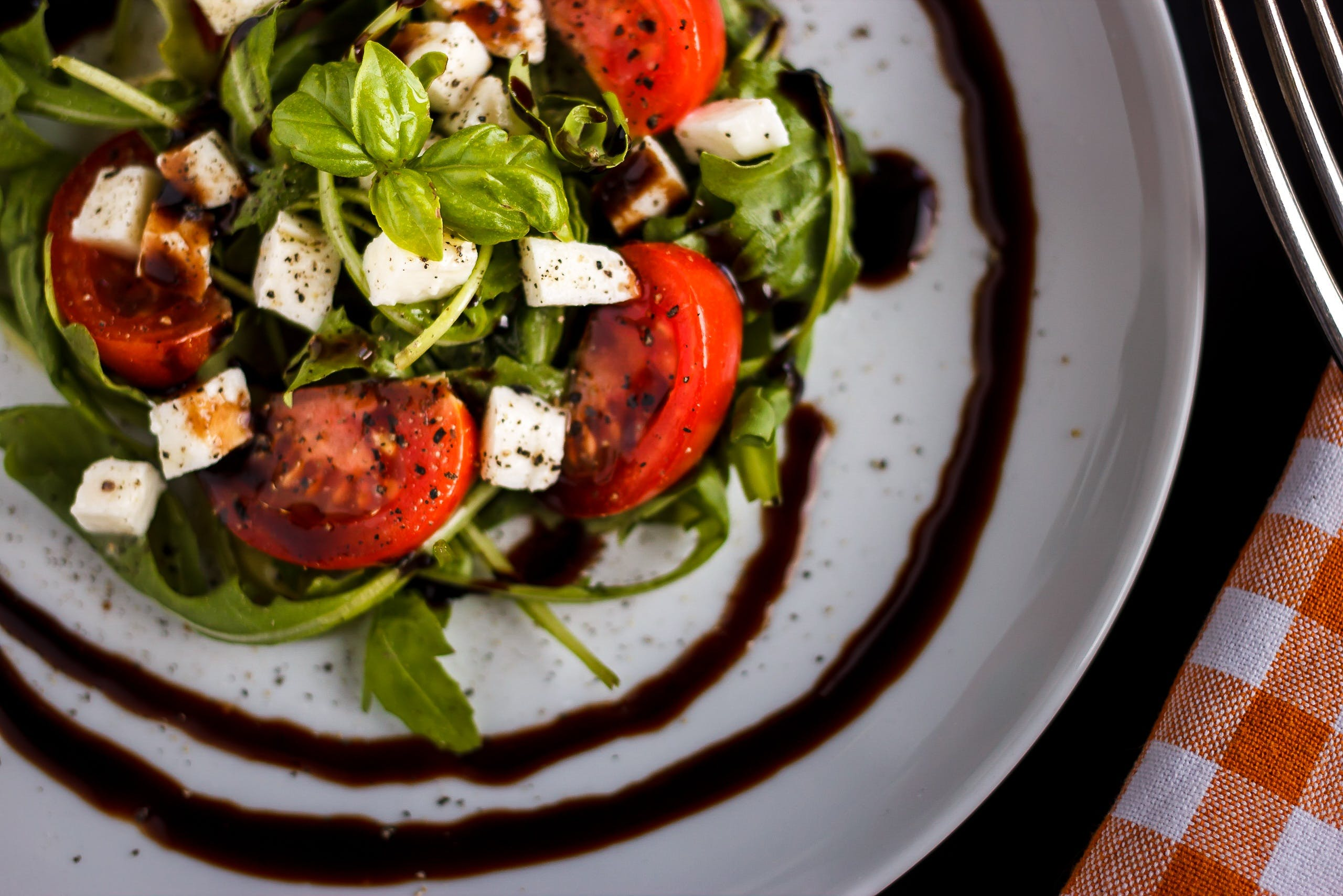 Free stock photo of plate, salad, restaurant, tomatoes