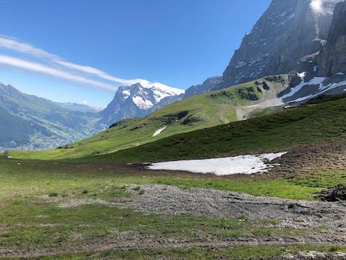 bulut, çim, çim saha, çimenlik içeren Ücretsiz stok fotoğraf
