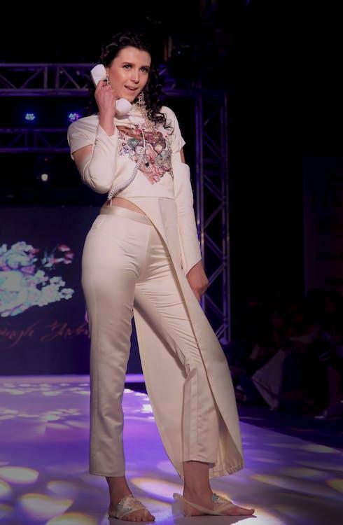 dámska móda, Dillí, India