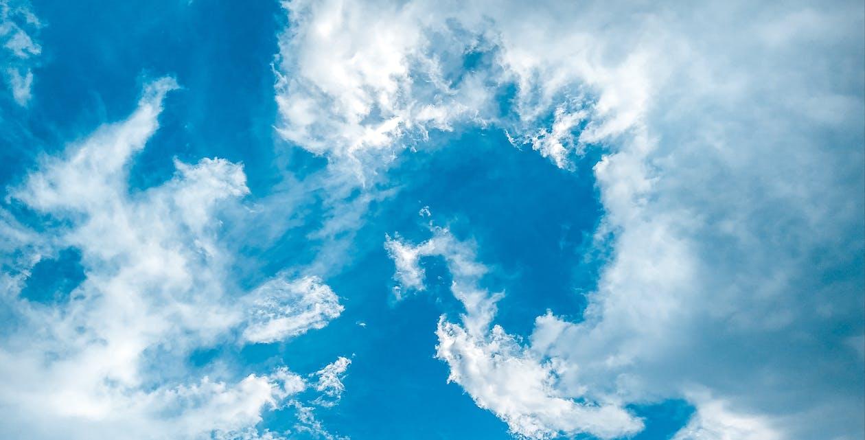 γαλάζιος ουρανός, μπλε ουρανοί, νέφωση