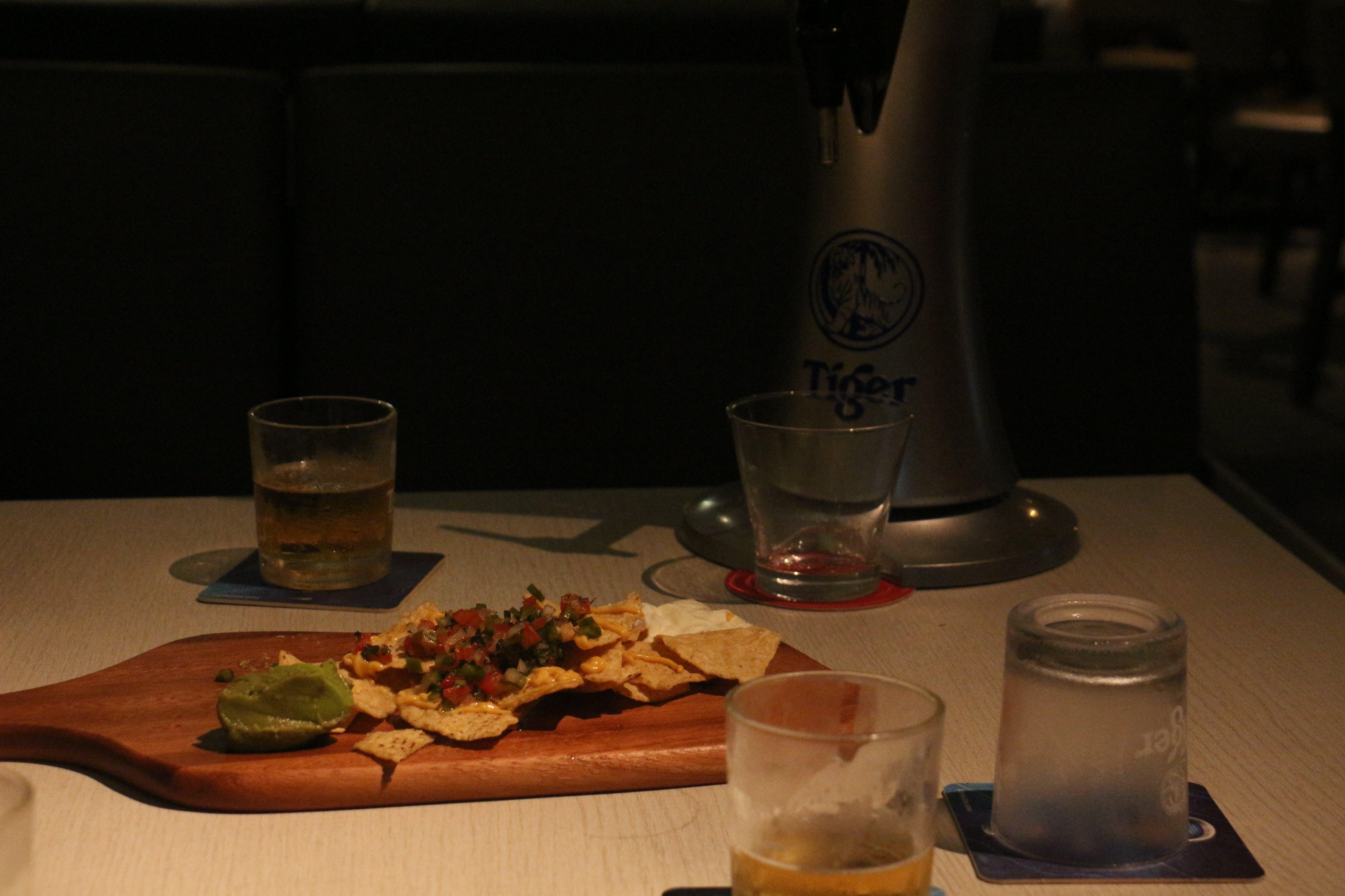 Free stock photo of bar, beer, nachos