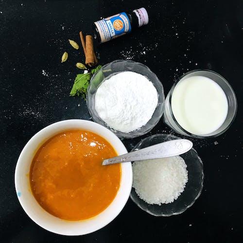Бесплатное стоковое фото с flat lay, кухня, кухонный стол, манго