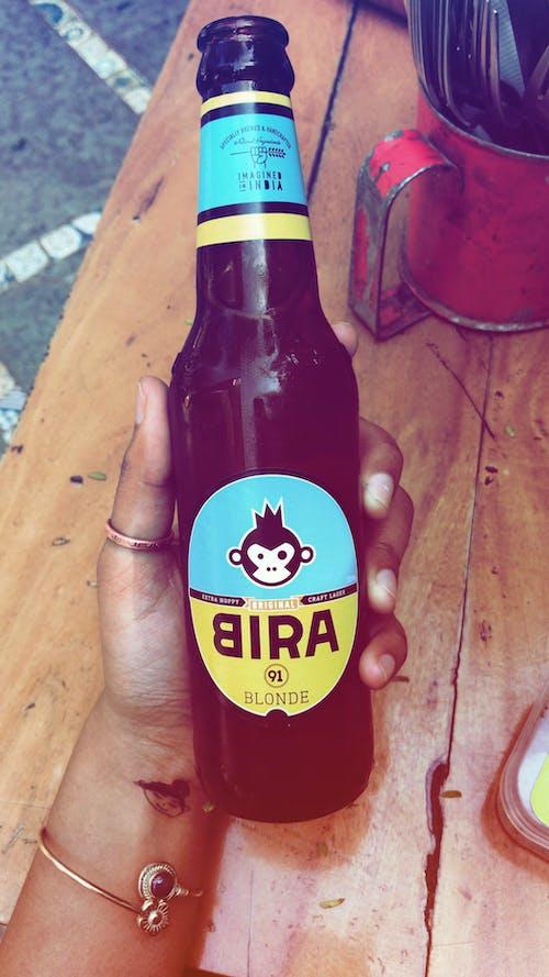 Бесплатное стоковое фото с bira, бутылка пива, выходные, крафтовое пиво